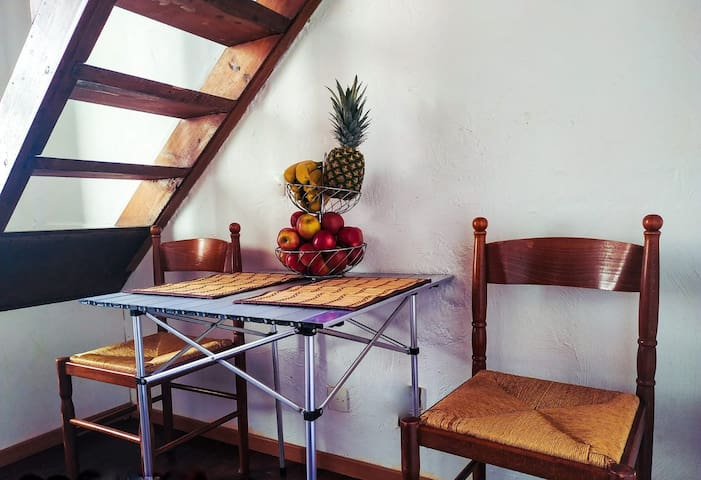 Atypical Duplex Studio 10min from seaside on foot