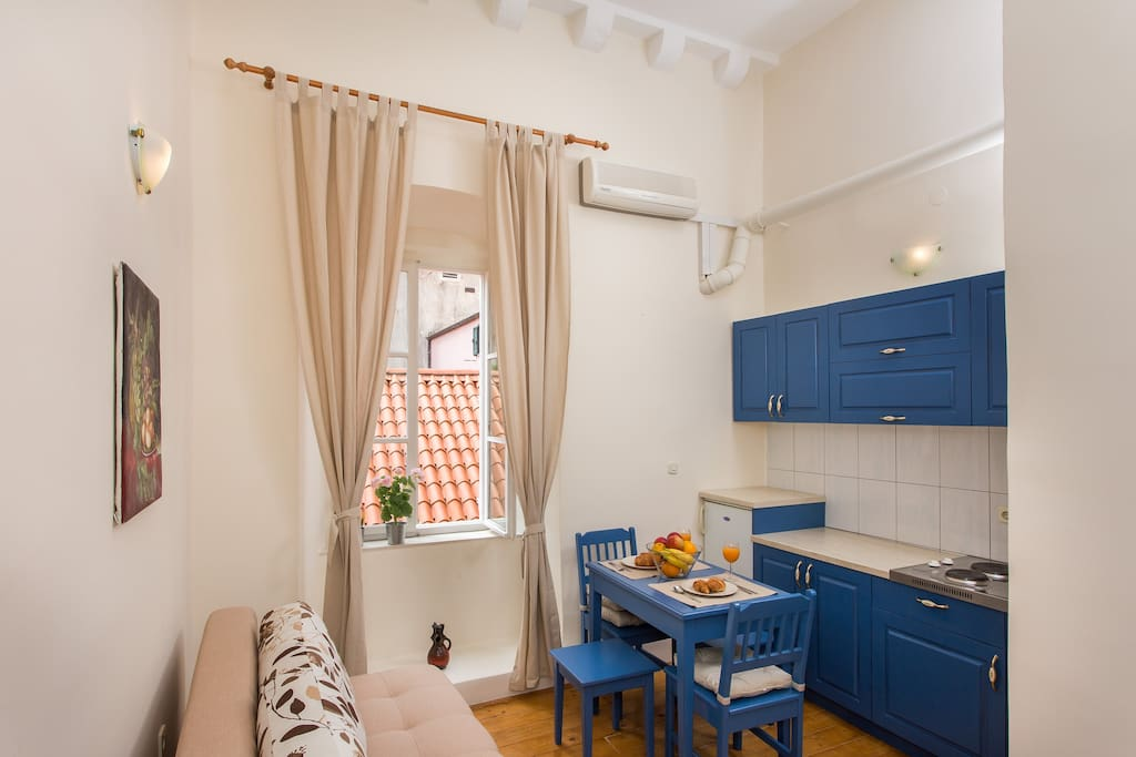 ...Le Mura apartment will be a great home for your Dubrovnik trip... :)