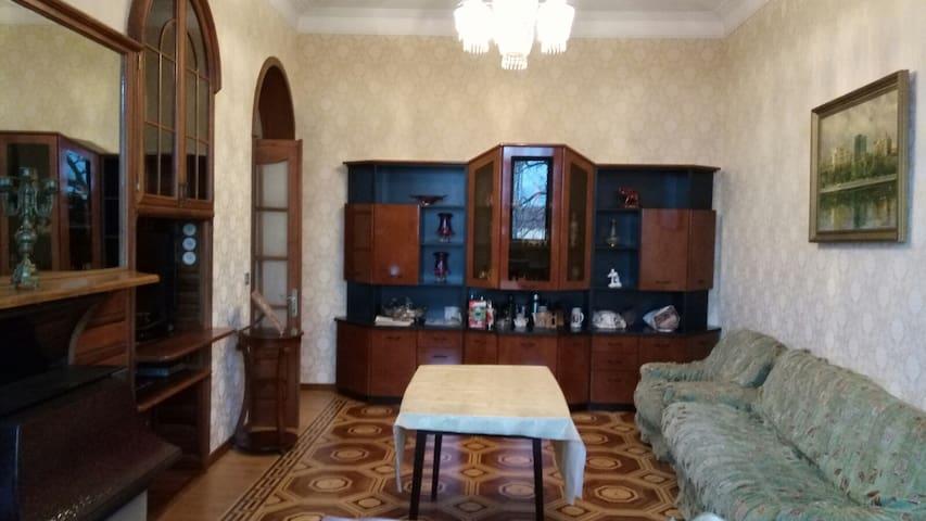3-х квартира в 5 мин от Азнефти - Baku - Apartment
