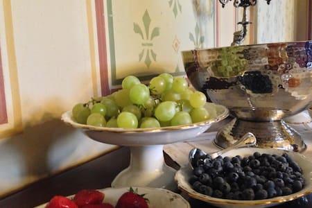 Elegante suite con bagno - Mornico Losana - Linna