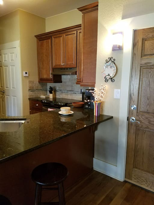 Gourmet Kitchen fully equiped