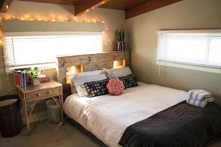 Cozy Room Near Hospital