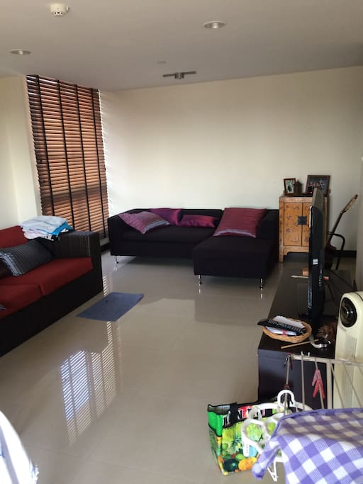 Two sofas, TV, wifi