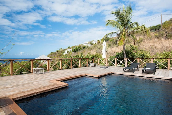 Ocean Views, Swimming Pool, Near Hotel Le Toiny, AC, Free Wifi, Housekeeping Included