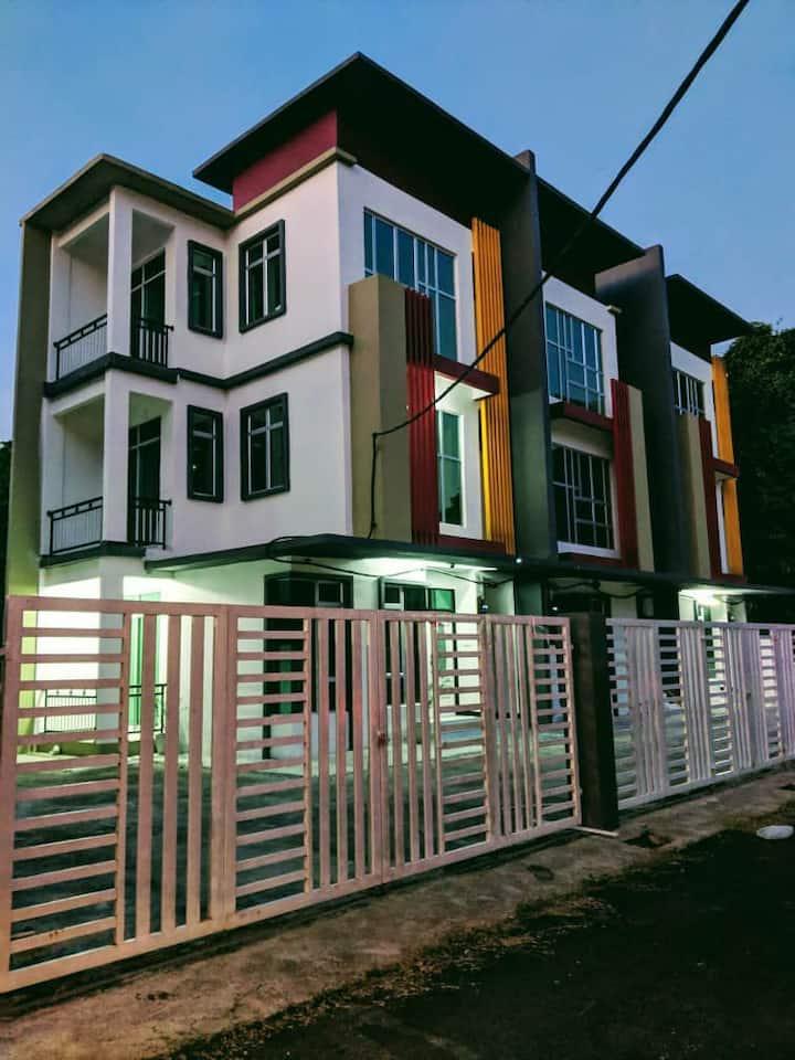 Lokasi di tengah bandar Kota Bharu, (Ground Floor)