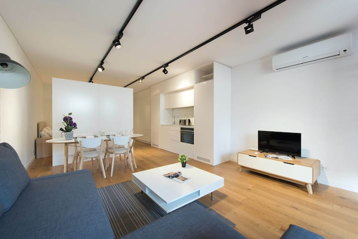 Boutique Bright Private Studio Close to the City