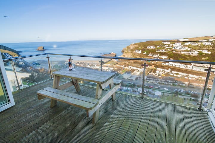 Portreath, 3 bed, ocean views and private sauna - Portreath - Dům