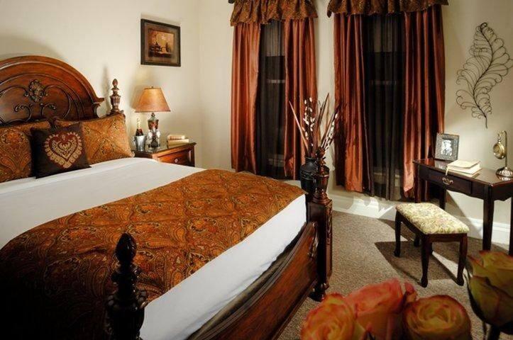 """""""Notebook"""" Located on Second Floor - Queen Bed"""