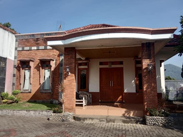 Avani Suite Boutique Villa Soreang