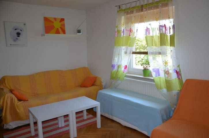 Sunny apartment, great exit point, parking, Wi-Fi