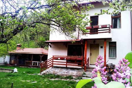 "Guest House ""Kirilova kyshta"" near Rila Monastery"