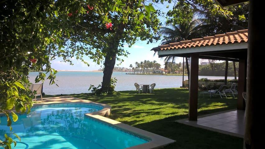 O paraíso fica na foz do Rio Joanes - Buraquinho - Lauro de Freitas - House