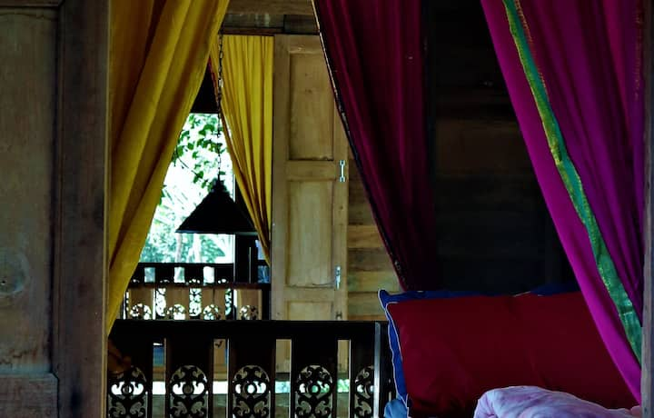 467 Chiang Dao : room C