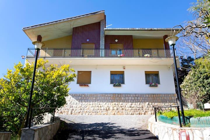 Villa panoramica sopra Palermo 1 - Monreale