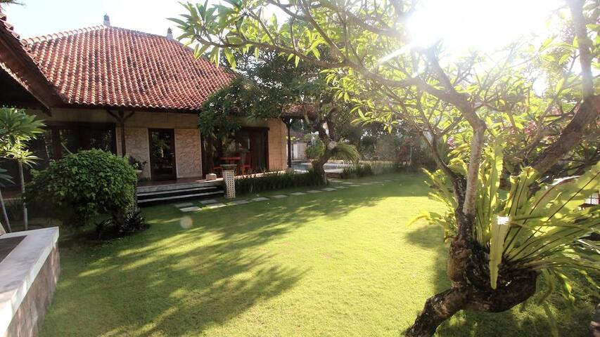 Stay in an Authentic & Nature place at Sanur