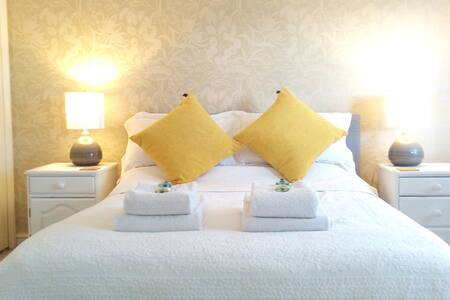 The Goodwood Double Room with En-suite