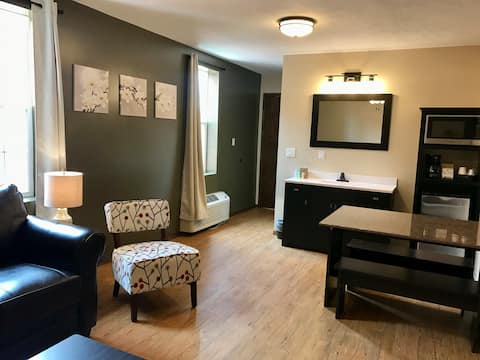 Sandhills Suites // Room 204