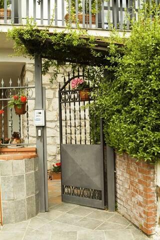 Villa Paola Mari e Monti - Camera con Bagno