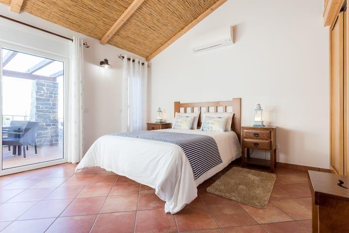 Falésias da Arrifana - Turismo Rural Casa 1