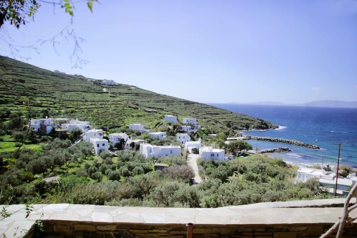 Cozy Guesthouse - Agios Romanos