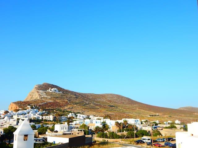 Folegandros,Aegeo Apartment - Φολέγανδρος - Bed & Breakfast
