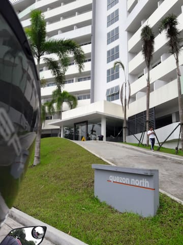 Fully Furnished Unit Behind EVER Mall Commonwealth