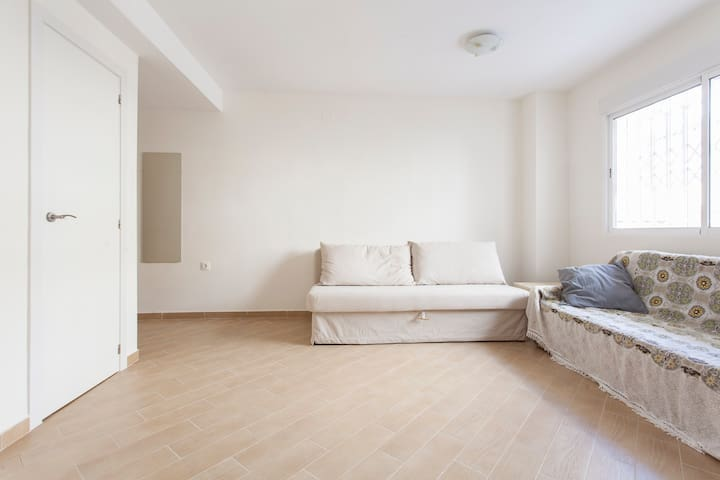 Charming studio with WiFi - Torrevieja - Wohnung