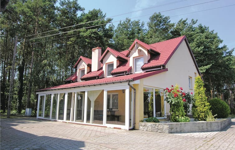 Holiday cottage with 6 bedrooms on 150m² in Solec Wlkp.