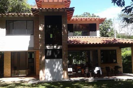 Hermosa Cabaña en Santa Fe de Antioquia