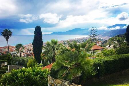 Villa con giardino e vista sulla Costa Azzurra - Bordighera