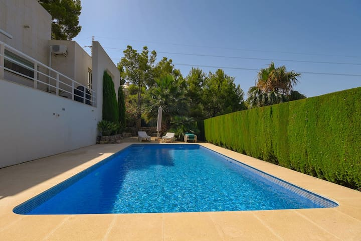 Lavish Villa by the Golf Grounds in Altea with Indoor Heated Pool
