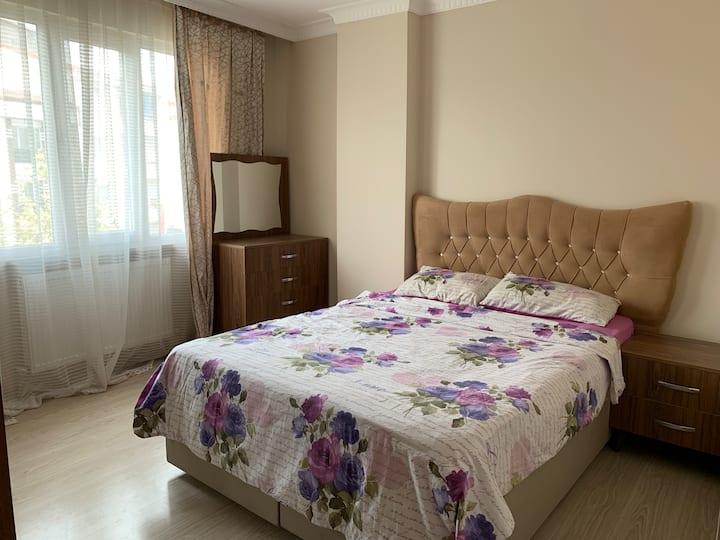 7 Cosy apartment near Akbati mall