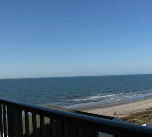 Beach Lover's Condo With Spectacular Ocean Views! - North Myrtle Beach - Kondominium