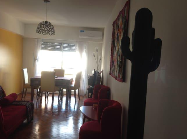 San Telmo, hab. muy luminosa, excelente ubicación! - Buenos Aires - Ortak mülk