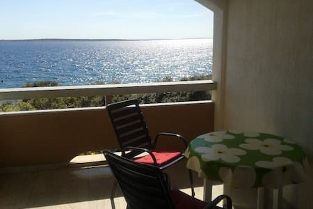 Apartment Mak 2+0 - 20m from beach - Mandre