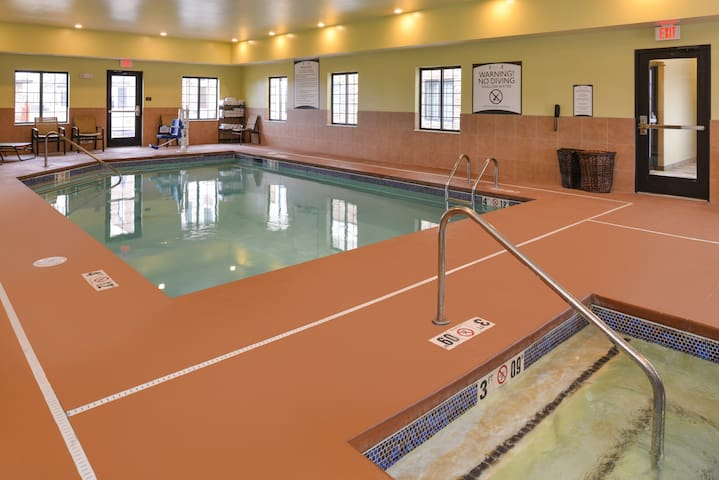Near Southlake Mall. Free Breakfast. Indoor Pool. Business Center.