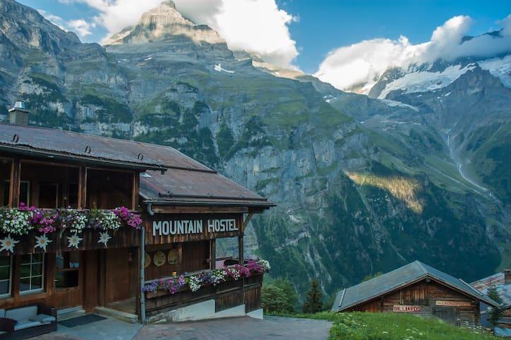 Mountain Hostel Gimmelwald 1