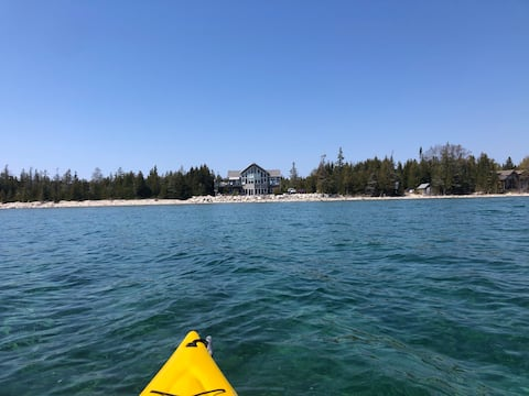 Tamarack by the Bay - Waterfront Cottage