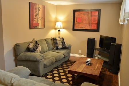 2-Bedroom basement suite - 10 mins to city centre - Calgary - Talo