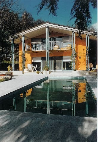 Villa with swimming pool, jacuzzi and lift, Ticino