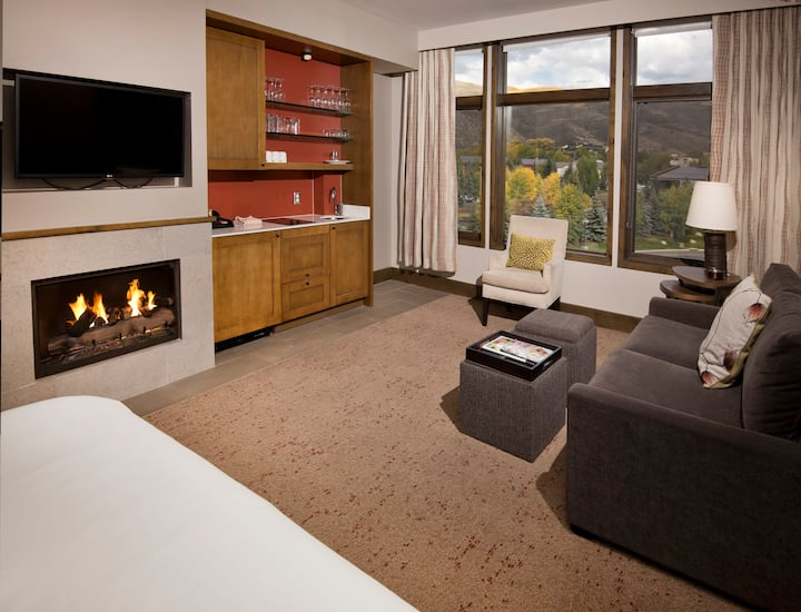 Luxury Resort Studio, Sleeps4,Ski in/out,Ski Valet