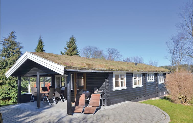 Holiday cottage with 2 bedrooms on 60m² in Jægerspris