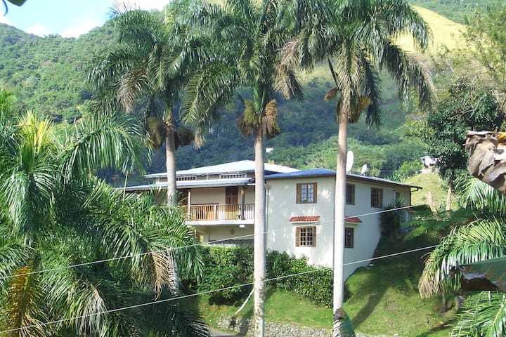 Casa Campo Jayuya, Mountain Retreat - Jayuya