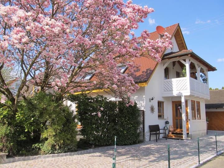 House Sonnenschein Sonnenterrasse; Garden & Terrace, Wi-Fi, Parking Spaces available