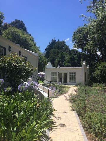 Constantia Garden Cottage 1