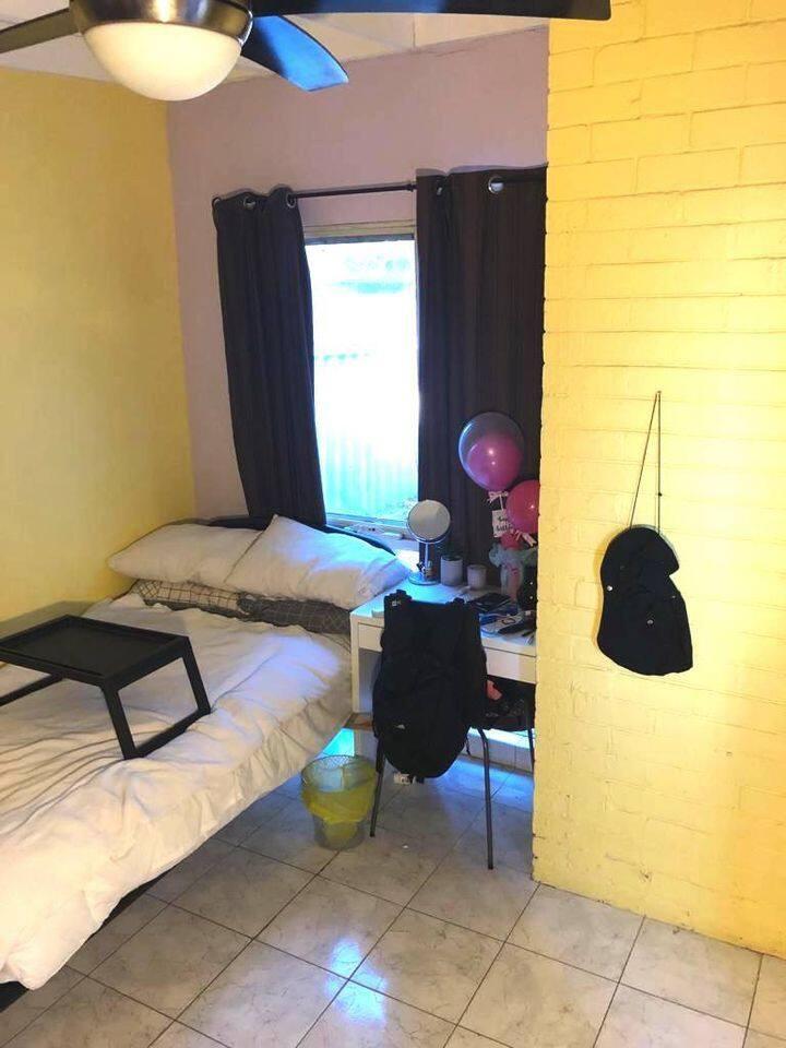 Room private toilet glendalough, close to innaloo