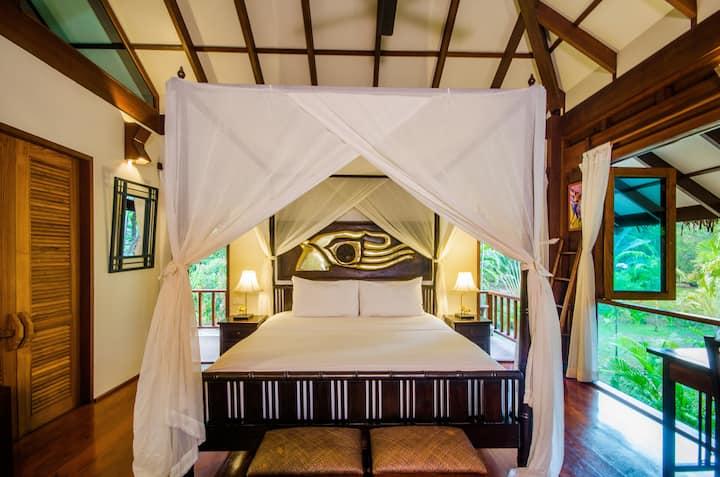 Two Bedroom Lush Garden Villa Hideout
