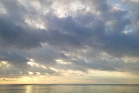 Disfruta del mar y el buen tiempo todo el año