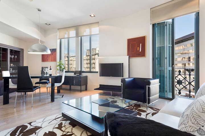 Luxury 3 bedroom apartment on Paseo de Gracia