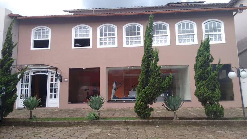 Hotel Colonial Aquarius - João Monlevade